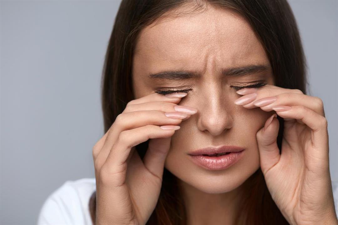 اضرار العسل للعينين