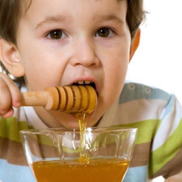العسل لفطريات الفم
