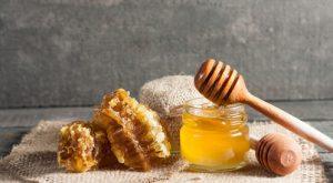طريقة استخدام العسل للمعده
