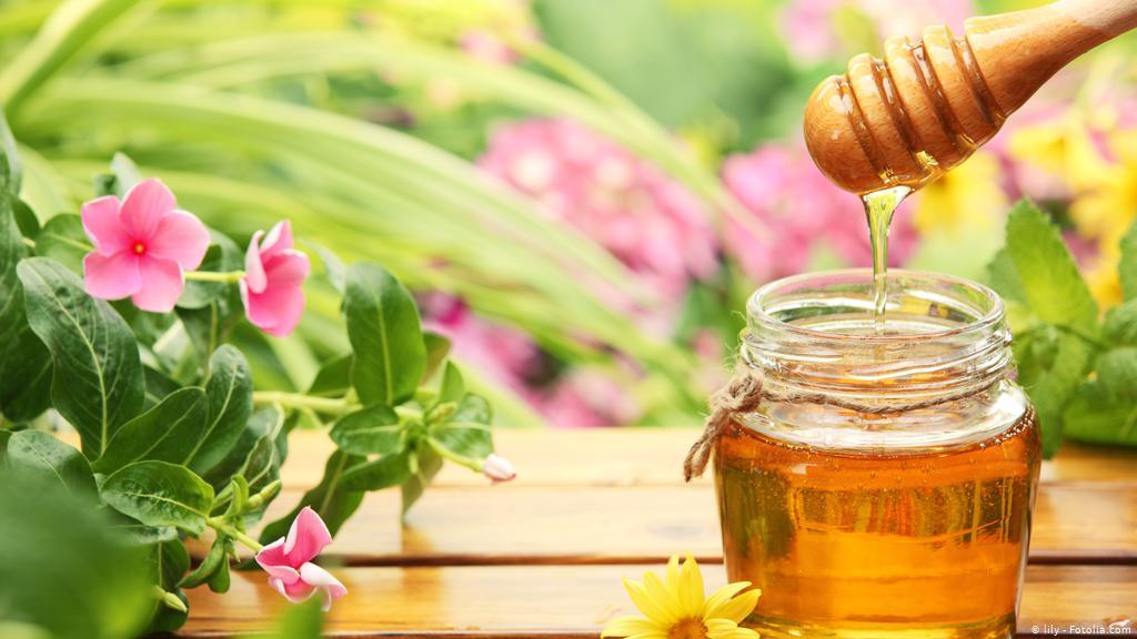 فوائد العسل لفطريات الفم
