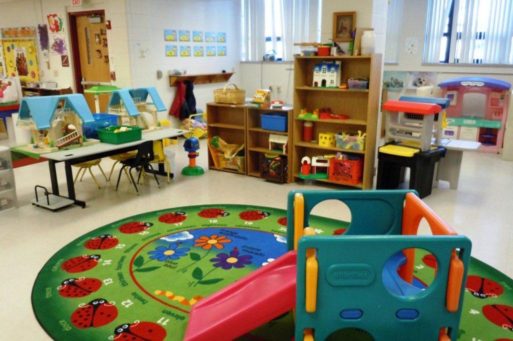 مواصفات بناء رياض الأطفال