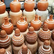 بيع الفخار في تركيا