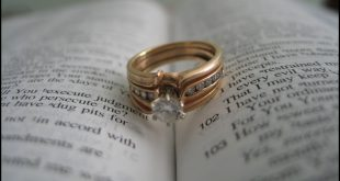 """مشهد بشأن طلب اثبات زواج .. معاملاتك """"أونلاين"""" مع 8 أماكن"""