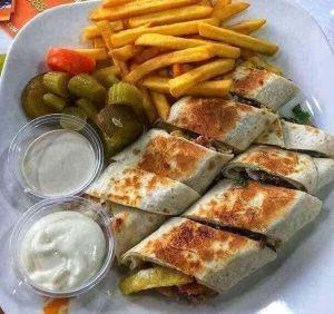 مطعم شاورما